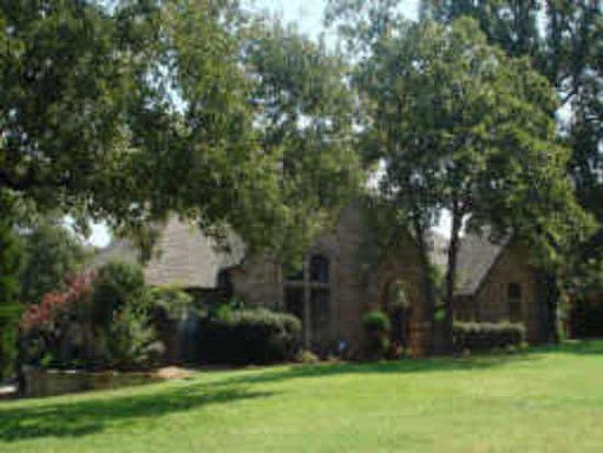 1369 Holland Hl, Southlake, TX 76092