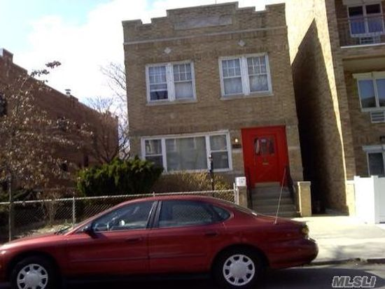 3062 36th St, Astoria, NY 11103