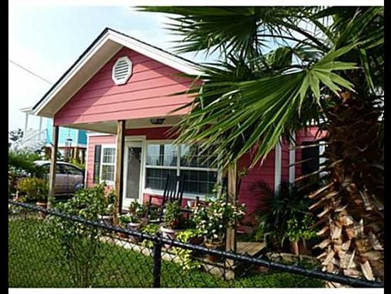 609 Woodward Ave, Gulfport, MS 39501