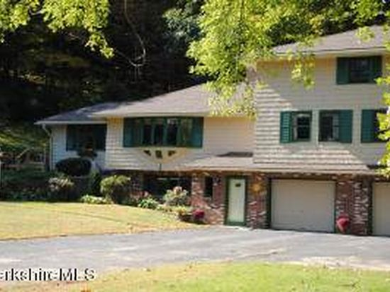 6 Heberts Dr, Great Barrington, MA 01230