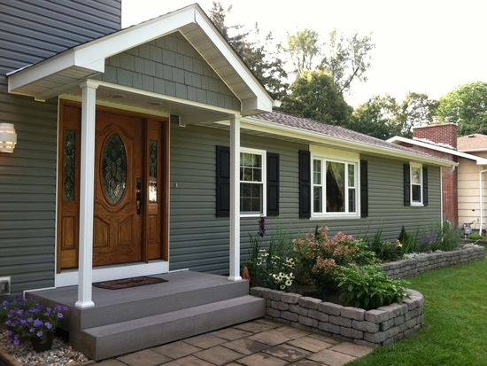 4551 W Overlook Dr, Williamsville, NY 14221