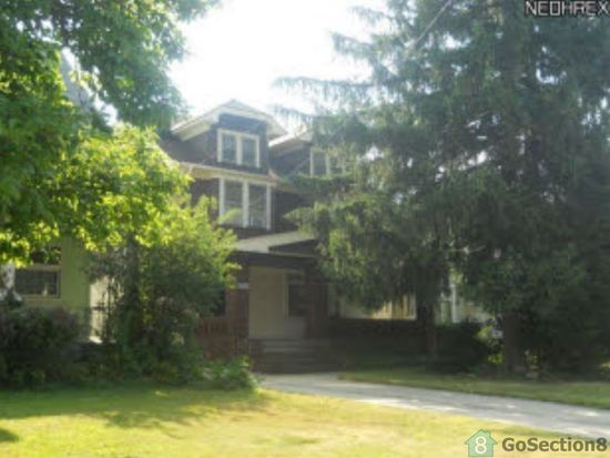4726 Turney Rd, Cleveland, OH 44125