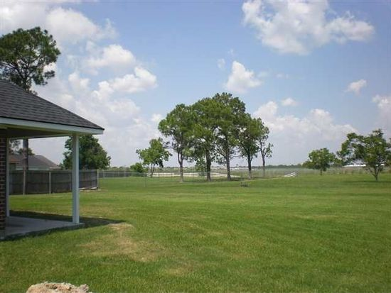 4735 Ridgewood Ave, Port Arthur, TX 77642