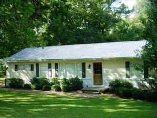211 White Dr, Starkville, MS 39759