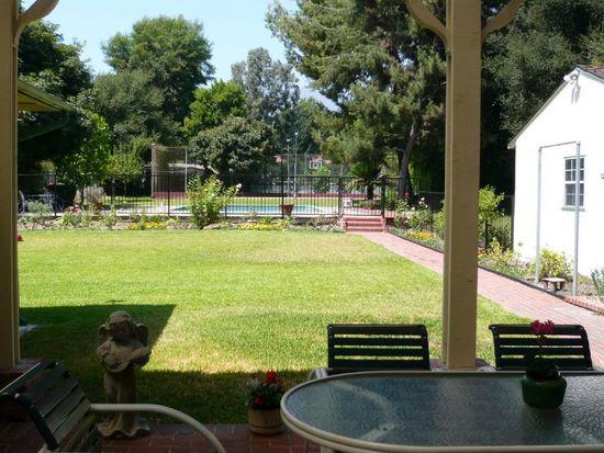 3265 Lombardy Rd, Pasadena, CA 91107