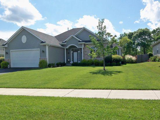 3632 Creekside Ct, Winthrop Harbor, IL 60096