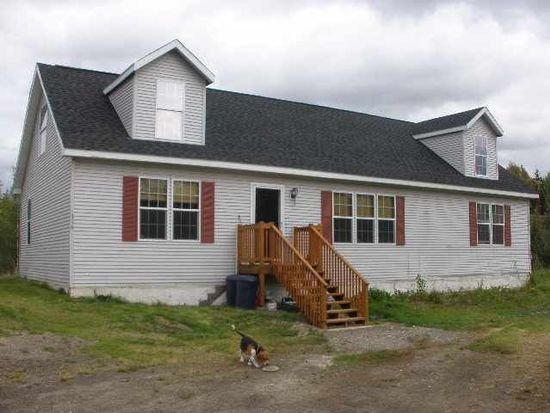 1356 Toolik Dr, North Pole, AK 99705