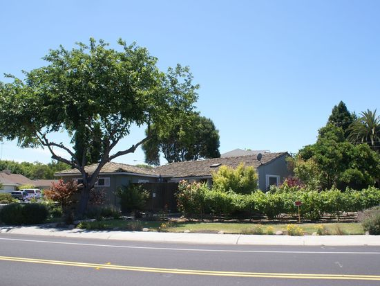 1442 Newhall St, Santa Clara, CA 95050