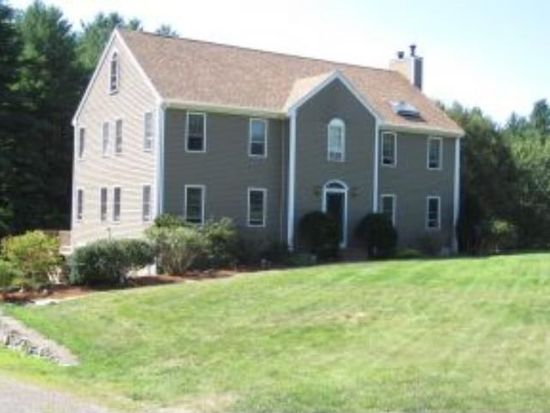12 Hillcrest Dr, Hampton Falls, NH 03844