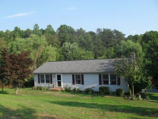 201 Golf Course Rd, Birdsboro, PA 19508