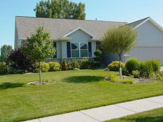513 Limerock Dr NW, Cedar Rapids, IA 52405