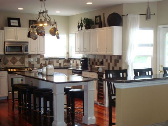16304 Sunset Pointe Ct, Grover, MO 63040