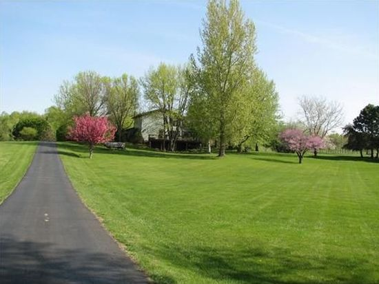 8500 Morris Hills Rd, Toddville, IA 52341