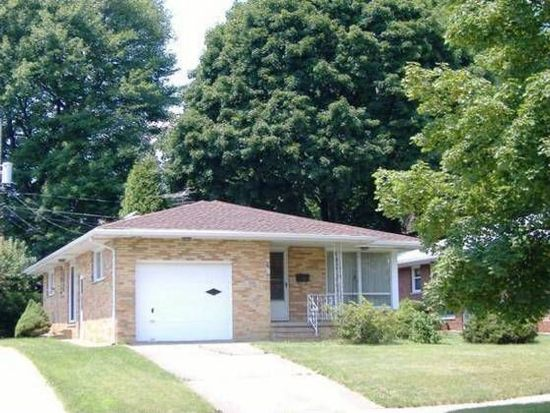 1836 Brown St, Akron, OH 44301