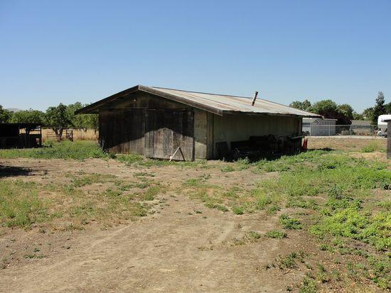 910 E Mockingbird Ln, Pleasanton, CA 94566