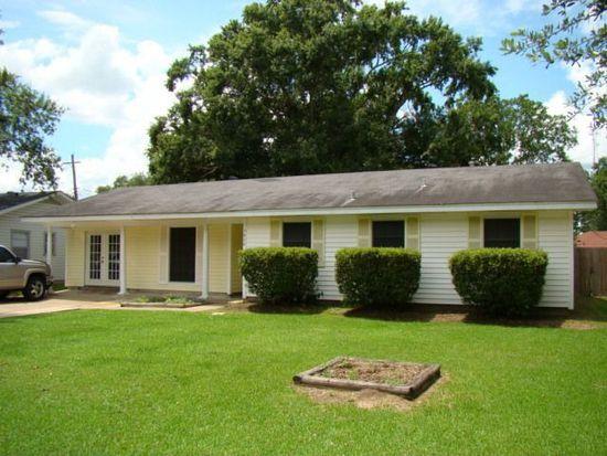 5050 Moonmist Dr, Beaumont, TX 77706