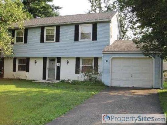 18 Boxwood Ln, Willingboro, NJ 08046
