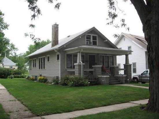 1129 S Paxton St, Sioux City, IA 51106