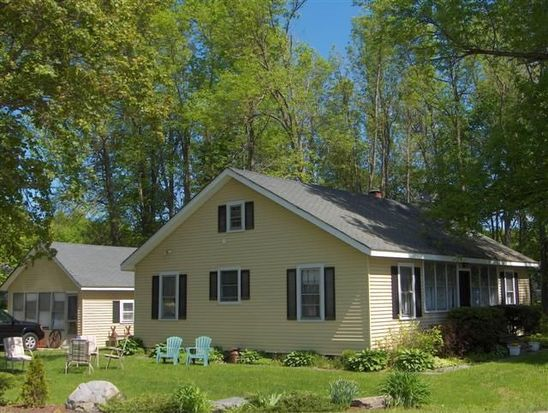 215 Lakeview Dr, North Hero, VT 05474