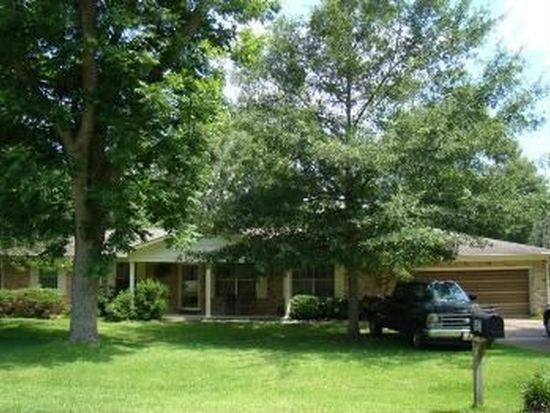 623 E Verbena Ave, Foley, AL 36535