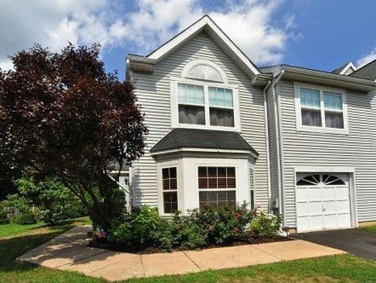 664 Woodspring Dr, Warrington, PA 18976
