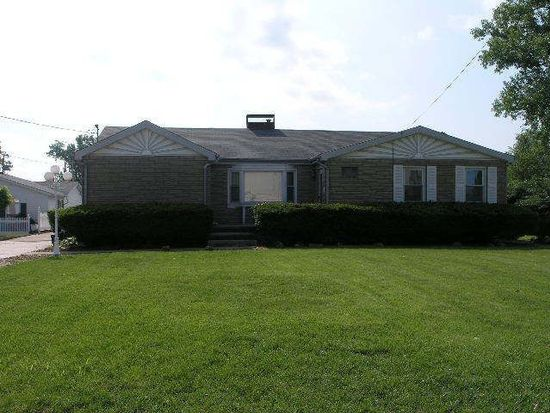 3510 Falling Springs Rd, Cahokia, IL 62206