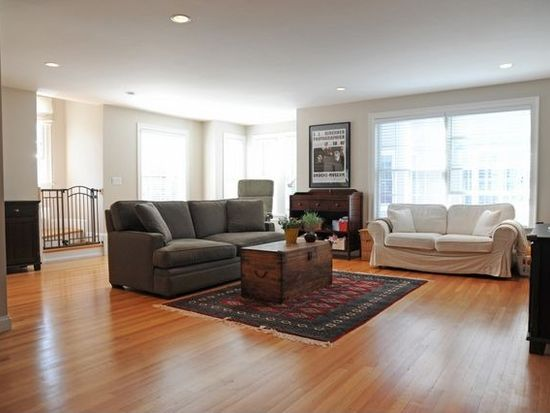 22 Line St UNIT E, Somerville, MA 02143