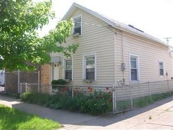 1984 W 52nd St, Cleveland, OH 44102