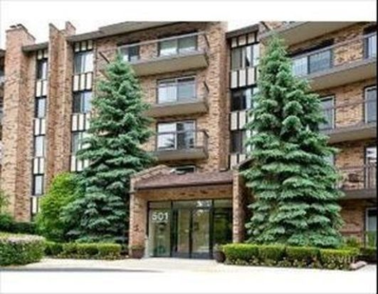 501 Lake Hinsdale Dr APT 104, Willowbrook, IL 60527