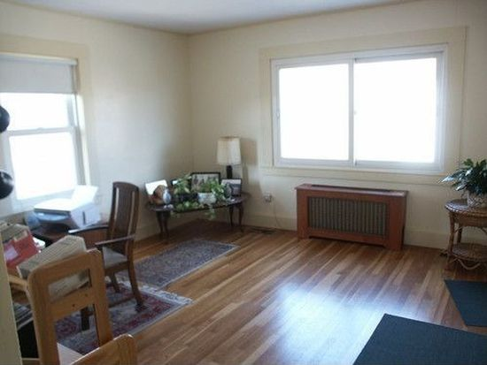 20 Anderson St, Marblehead, MA 01945