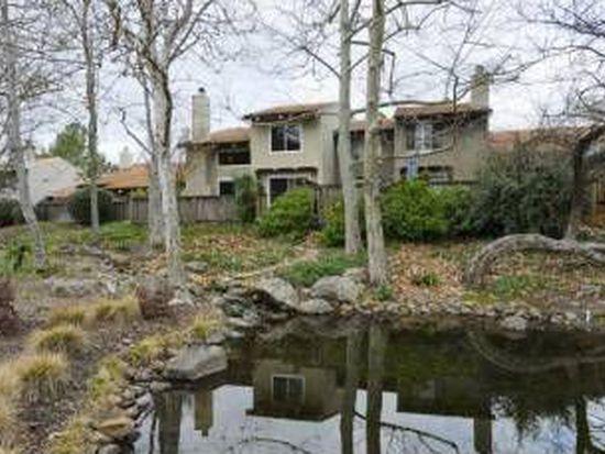 744 Country Club Dr, Moraga, CA 94556