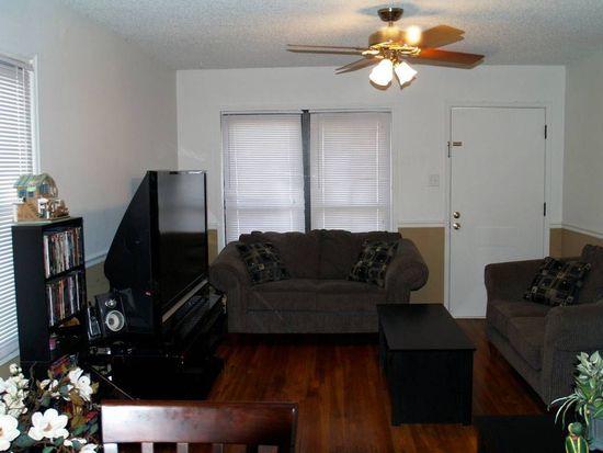 241 Cameron Rd, Saint Louis, MO 63137