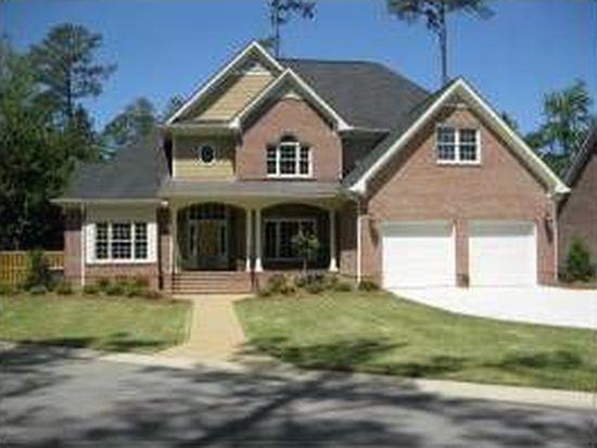 120 Kirkwood Dr, Fayetteville, NC 28303