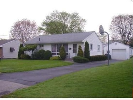 1018 Heinz Ave, Sharon, PA 16146