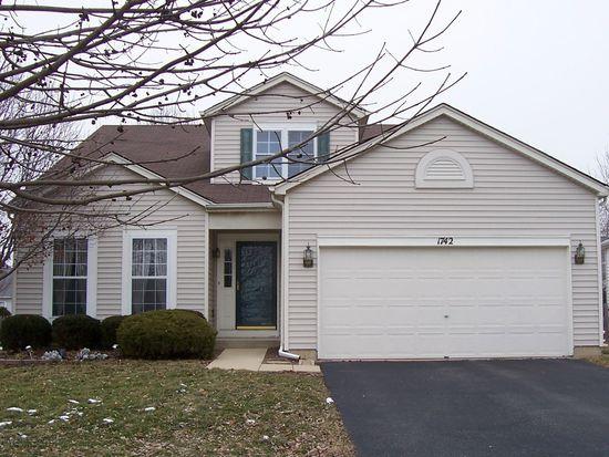 1742 Autumn Woods Ln, Romeoville, IL 60446