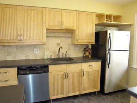 670 Ridgewood Rd, Millburn, NJ 07041