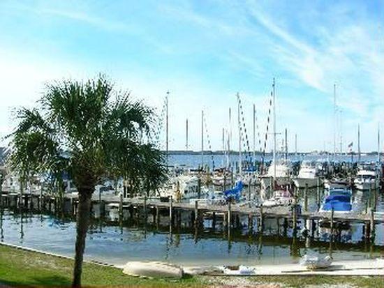 5505 Sun Harbor Rd APT 121, Panama City, FL 32401