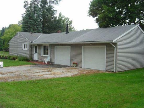 6793 Lake Rd, Madison, OH 44057