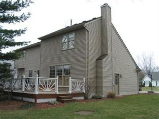 875 Hollyview Dr, Sheffield Lk, OH 44054