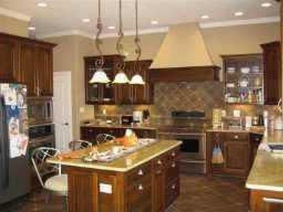 4656 Pearcrest Way, Greenwood, IN 46143