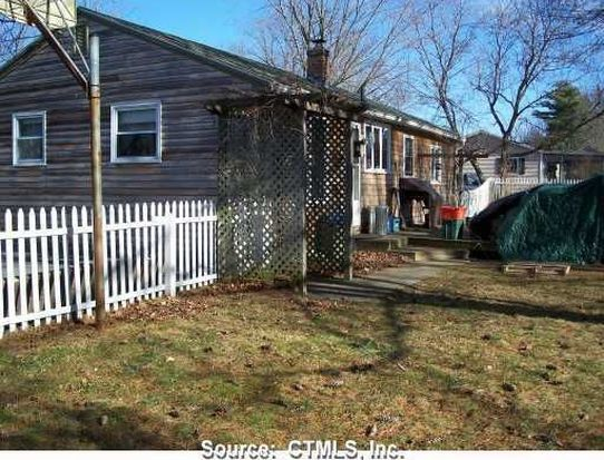 29 Maryland St, Danielson, CT 06239