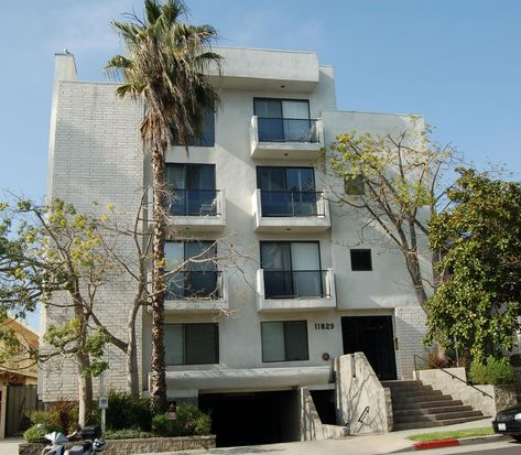 11829 Mayfield Ave APT 201, Los Angeles, CA 90049