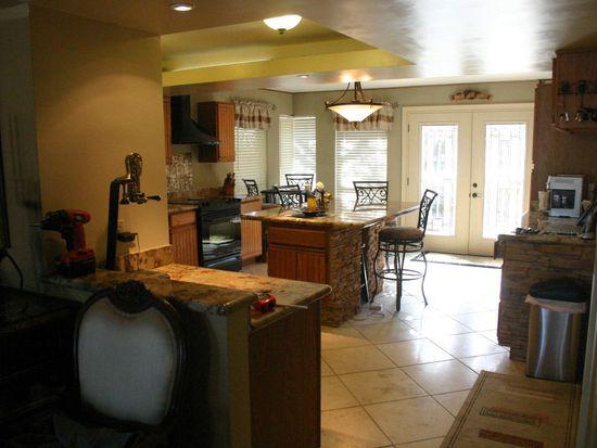 5718 W Ivanhoe St, Chandler, AZ 85226