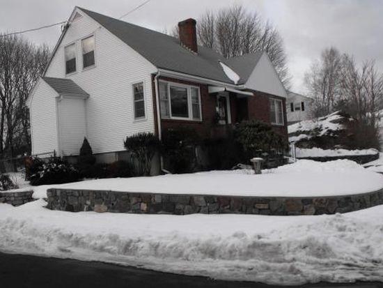 28 Calabrese St, Salem, MA 01970
