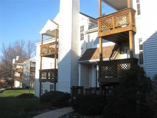 1360 Cedarwood Dr APT D2, Westlake, OH 44145