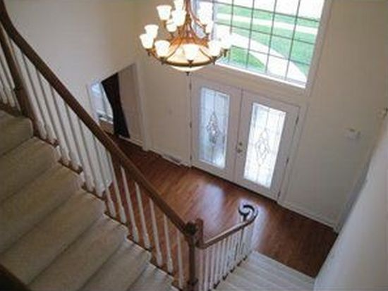 372 Steeplechase Dr, Cranberry Twp, PA 16066