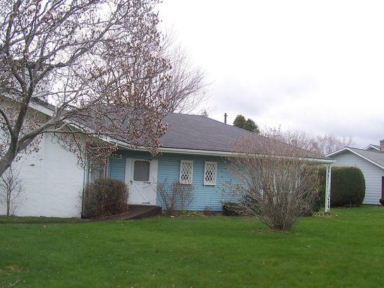4407 W Lake Rd, Erie, PA 16505