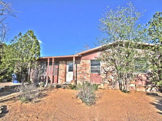 2612 19th St NW, Albuquerque, NM 87104