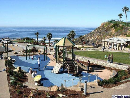 332 Pacific Ave, Solana Beach, CA 92075