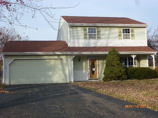 934 Concord Dr, Island Lake, IL 60042